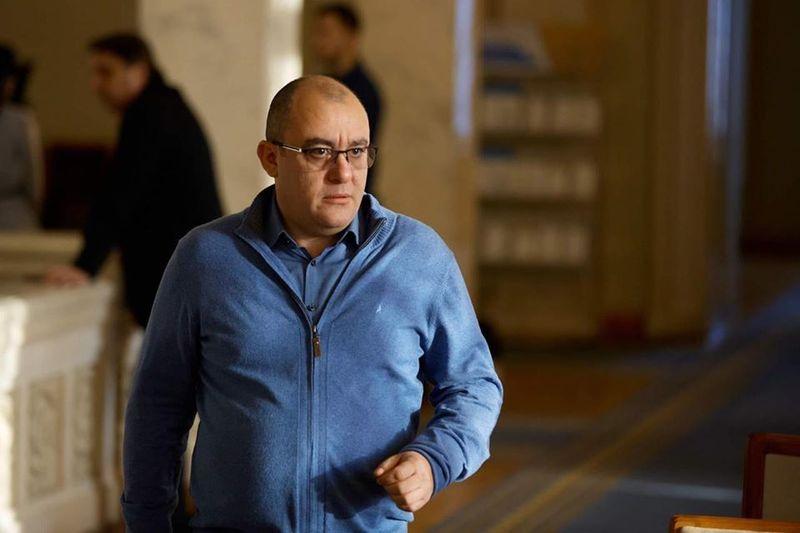 Нардеп Ігор Фріс прогнозує важкий пленарний тиждень